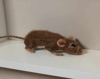 For Sale....Needle felted mouse.....stay low !!!