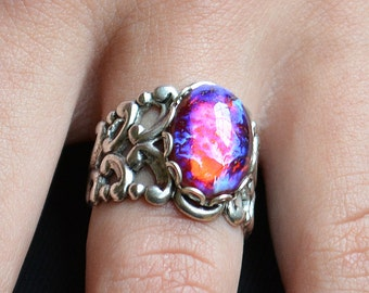 Dragons Breath Ring, Mexican opal ring, Fire opal Ring,  Mexican Fire Opal, Dragons breath rings, goth rings, fantasy rings, color changing