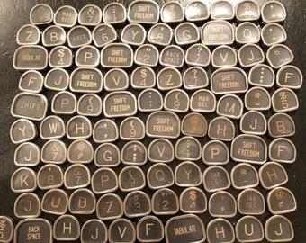 Royal Tombstone Vintage TYPEWRITER Keys Lot 100 Keys Lot 3