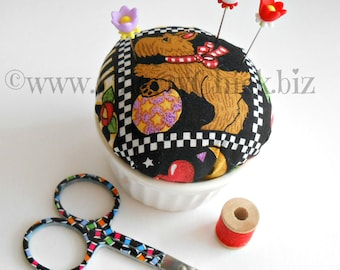 Mary Engelbreit fabric Pincushion - Decorative Pins - Scottie Dog - Pin Keep – Gift for Seamstress - Scotty Dog - Gift for Quilter