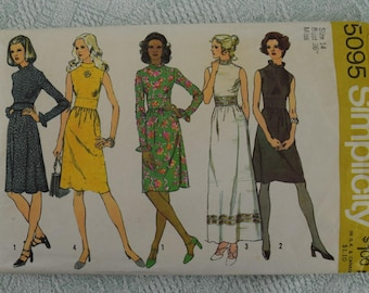 Simplicity Sewing Pattern 5095 dress from 1972 size 14