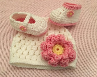 Baby Girl light pink daisy button Beanie and Mary Jane Shoes or boots