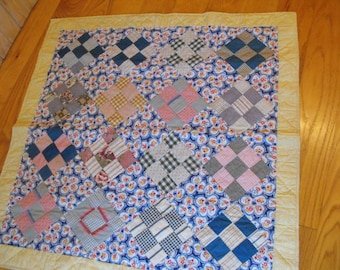 Primitive  wallhanging  bed  sofa throw  handqulted  feedsack wall quilt  vintage blocks  cottage chic 1930 fabric patchwork  traditional
