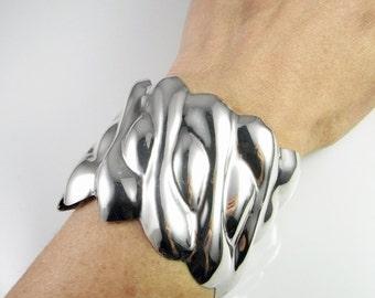 Repousse Vintage Silver Bracelet Wave Jewelry Wave Bracelet Cuff Bracelet Silver Bangle Minimalist Jewelry Minimalist Bracelet Modernist