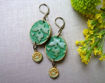 Botanical Pattern Earrings in Green and Gold, William Morris inspired Jewelry,  Earrings and necklace set, teacher gift, Chandelier
