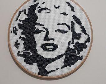 Marilyn Monroe Cross stitch Portrait Home and Wall Decor Marilyn Monroe Needlepoint