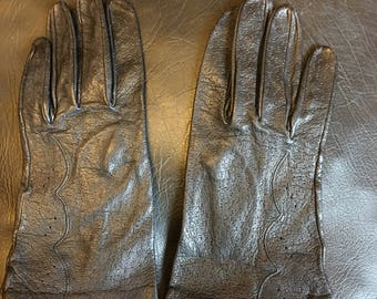 """Black leather winter gloves with  dot pattern vintage 60""""s"""