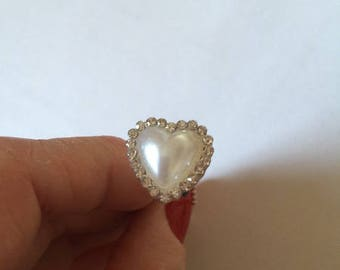 10 pearly white heart pins + rhinestones