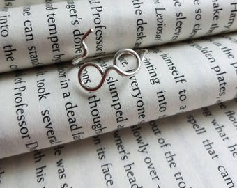 Glasses and Lightening bolt Wire Wrap Ring