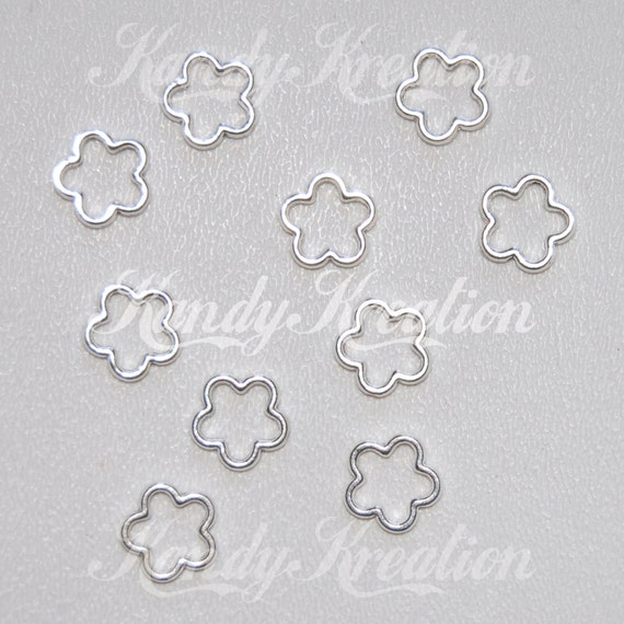 10 Flower Shaped frame bead 15mm charm for jewelry making