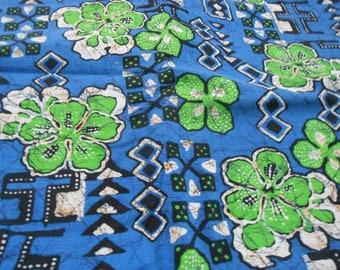 vintage Hawaiian barkcloth fabric blue and green tropical batik look