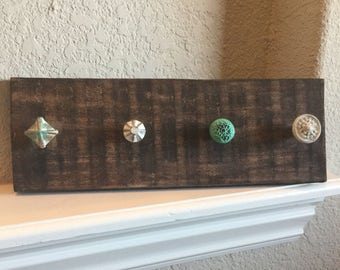 Knob Necklace Display