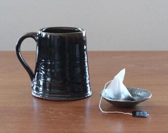 Wavy Mug // Rustic Ceramic Mug // Handmade Coffee Mug //  Tea Mug // Black Pottery Mug // Housewarming Gift // Handmade Gift