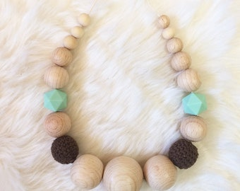Breastfeeding and Babywearing Brown & Mint necklace