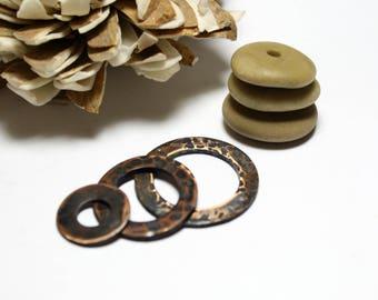 Véritable plage forée des pierres - Pendentifs perles de grand collier - bricolage martelé oxydent rondelle en cuivre pendentif breloques fait à la main des cailloux - Chico
