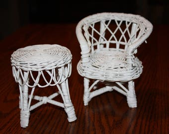 White Wicker Doll Furniture- Vintage 1970's