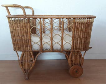 Rattan Crib Bassinet Cradle with Wheels Bohemian Baby