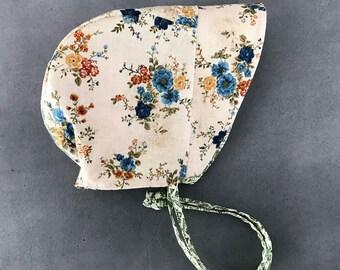 Boho Baby Bonnet - Reversible Bonnet - Floral Sun Bonnet - Spring Sun Hat - Easter Bonnet - Baby Girl Gift - Green Bonnet - wildflower gift