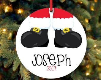 Santa Stiefel Ornament, personalisierte Weihnachtsschmuck, benutzerdefinierte Santa Ornament, benutzerdefinierte Ornament, Ornament, Kind 2017 Weihnachten Ornament (0013)