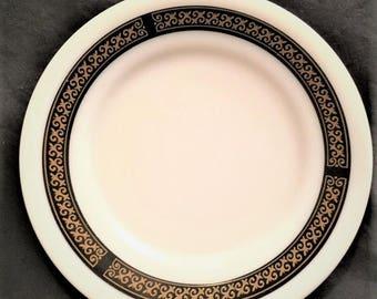 "Pyrex Tableware Ebony 7"" bread/dessert plate"
