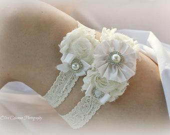 Ivory Garter Set, Bridal Garter Set, Lace Garter, Bridal Accessories, Silk Garter Set, Flower Garter Set, Wedding Garter, pearl garter set