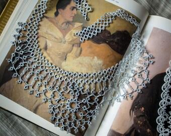 Luxurious tatting jewellery necklace