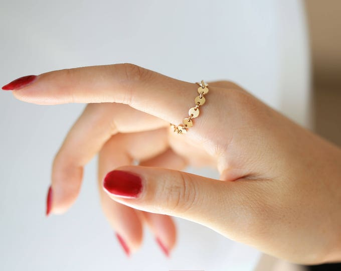 Disc chain ring // Delicate everyday ring // Stacking chain rings // Gift for her