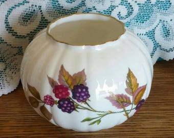 Royal Worcester Round Vase - Arden pattern 1974 Berries and Apples