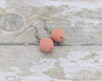 Peach earrings, Beaded peach earrings, Simple monochrome earrings, Peach drop earrings, Hypoallergenic earrings, Peach Pastel, Cute earrings