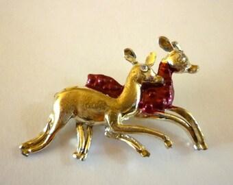 Deer Figural Brooch, Pair of Running Deer