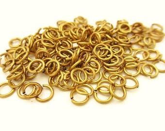4mm (200), 6mm (100) or 10mm (50) - gold rings