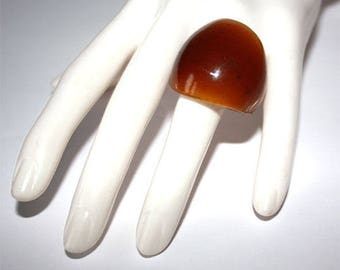 ring style Brown caramel glass ring size (58) size 18
