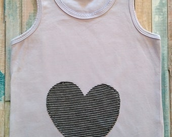 Child T-shirt with heart pocket