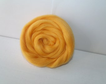 25g wool felting or spinning Merino carded worsted yellow gold
