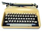 Vintage Typewriter Reming...