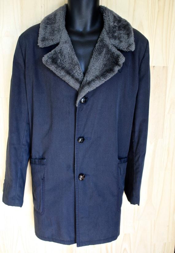 Vintage Trench/ Men's 1970s Belted Raincoat/ Men's Vintage Outerwear/ Wheat/ I-Liu ksiTCqn