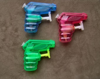 1970s WEE GEE Space Age Squirt Gun Water Pistol