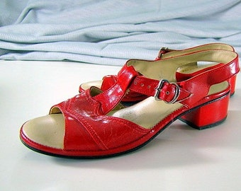 Vintage 60s Red Sandals | Charm Step | Size 5 | Chunky Heels | Fire Engine Red | Walking Shoe | Cushioned Instep | Dancing Shoes