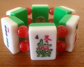 Mahjong bracelet / green and white tiles / red glass beads / to fit smaller wrists / stretch bracelet / free gift bag