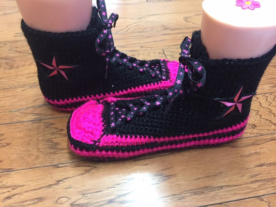 crocheted slippers pik tennis sneaker slippers top black shoe 7 slippers 9 pink converse crocheted High black Womens 264 converse converse qwAPvOgw