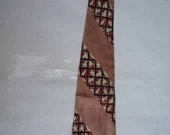 Stunning Lavendar 1940s Rayon Satin Swing Tie