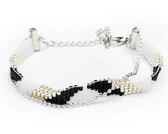 Miyuki Delica Handmade bracelet Black and White edition 3