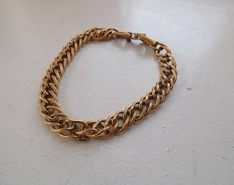 Vintage Signed Monet Gold Tone Chain Bracelet