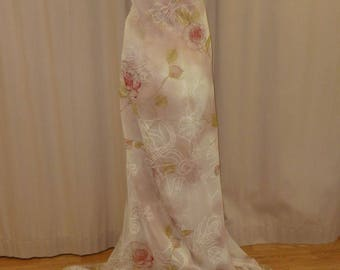 Beige Polyester Voile with red rose arabesque