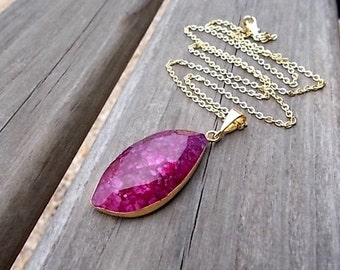 Dark Pink Quartz Necklace, Jewelry for Her, Gold Boho Necklace, Natural Stone Pendant, Crackle Quartz Jewelry