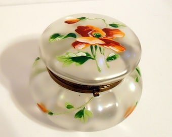 Antique Victorian French or Bohemian Verre de Soie Enameled Poppies Glass Hinged Puff Powder Patch Box Vanity Casket