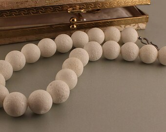 White Sponge Coral Necklace Claudia Agudelo EXEX