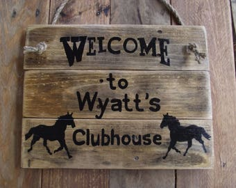 Custom horse sign | Western horse sign | Painted custom horse sign | Personalized outdoor farm sign | Rustic horse sign | Custom stable sign