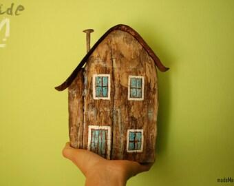Casa de madera reciclada. Pieza única