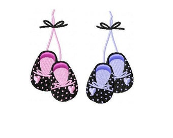 Baby Shoes Embroidery Design - INSTANT DOWNLOAD